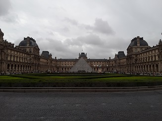 Louvre Museum Page